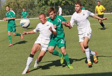 16 годишен тренира с първия отбор на Лудогорец