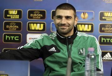 Обявяват Владо Стоянов за номер 1 в Лига Европа