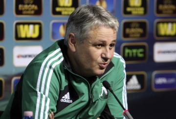 Стойчо Стоев: Опитваме се да надграждаме отбора