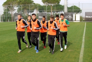 Шампионите слагат край на подготовката с руския Краснодар