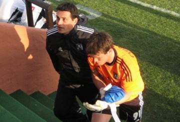 Потвърдено: Иван Чворович е със счупена ръка, връща се в България