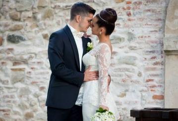 Витиня вдигна сватба ден преди големия финал (ВИДЕО)