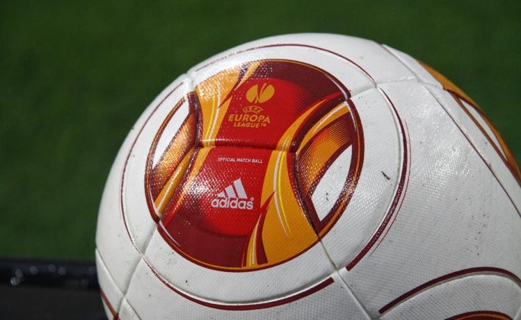Това вече е голям футбол!